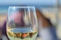 Velocidade do consumo de oxigénio e SO2 em vinhos brancos e rosés: relação e efeito na composição química do vinho