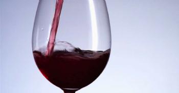 Polímeros magnéticos para eliminar las notas vegetales en los vinos